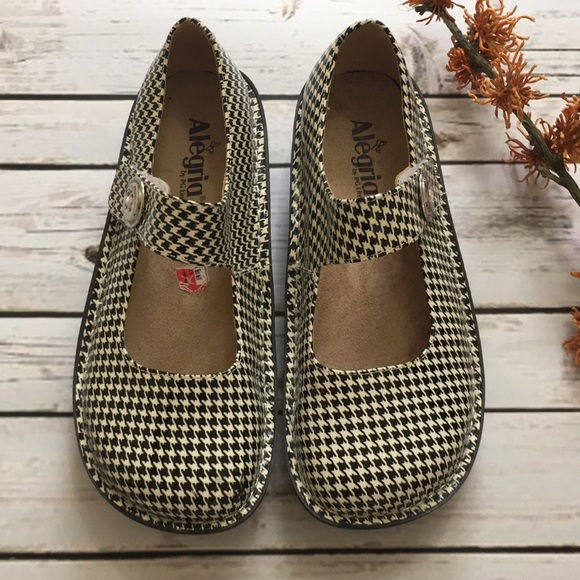 ed538373c9d3 Alegria Shoes - Alegria Black White Houndstooth MaryJanes Size 39